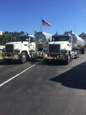 Turnpike Trucks 2019